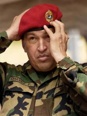 Chávez elogia criação de milícia camponesa