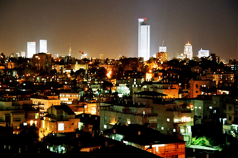 tel-aviv-at-night